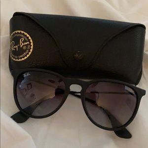 Ray-Ban Erika glasses in black